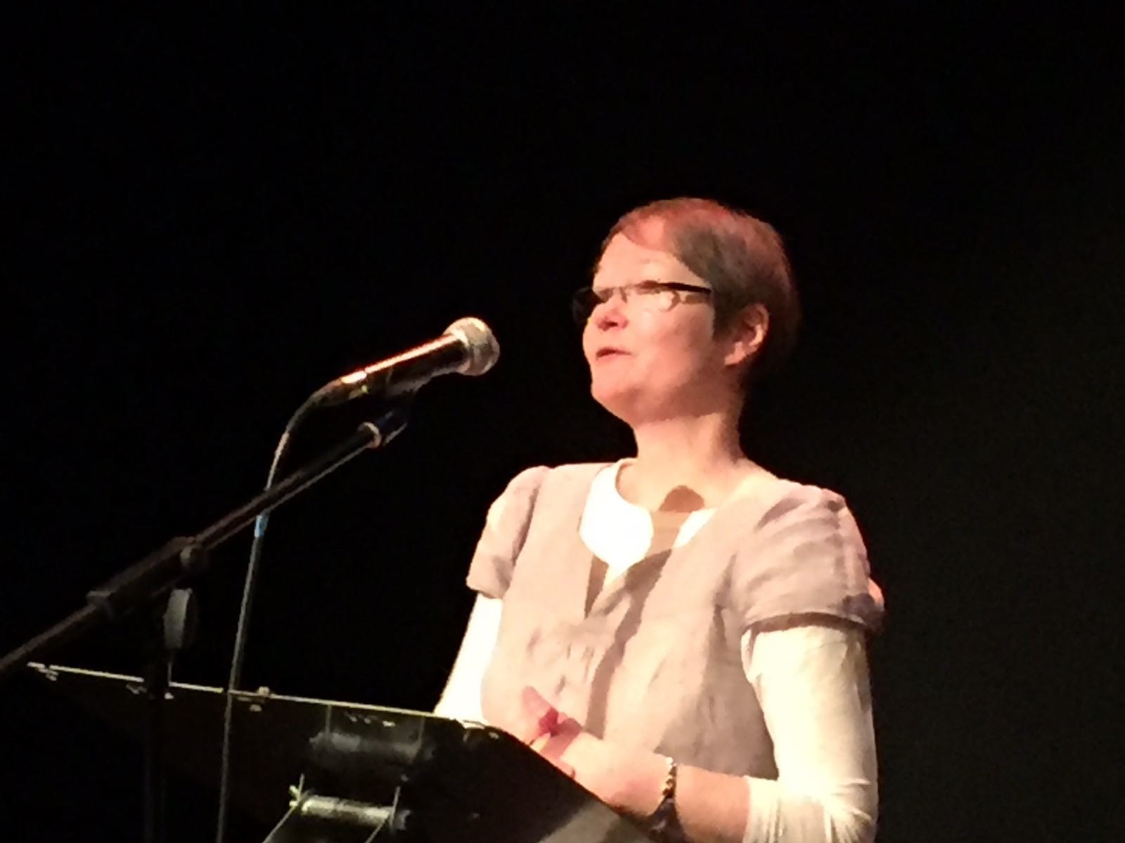 anna-larner-poetry-reading-polari-shout-festival-birmingham-mac-19-11-2016